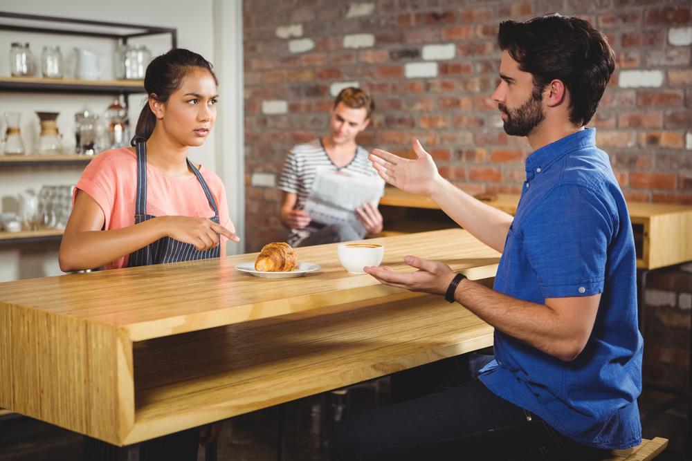 complain-in-restaurant