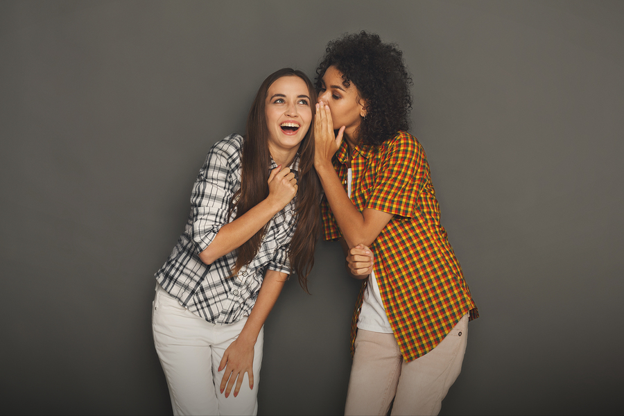 gossiping-women-english-learning