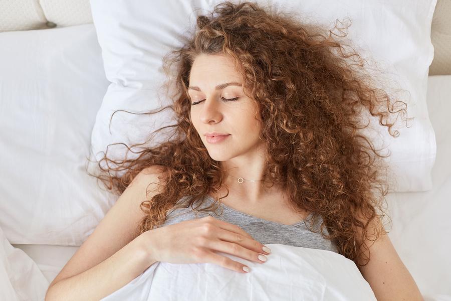 woman-siesta